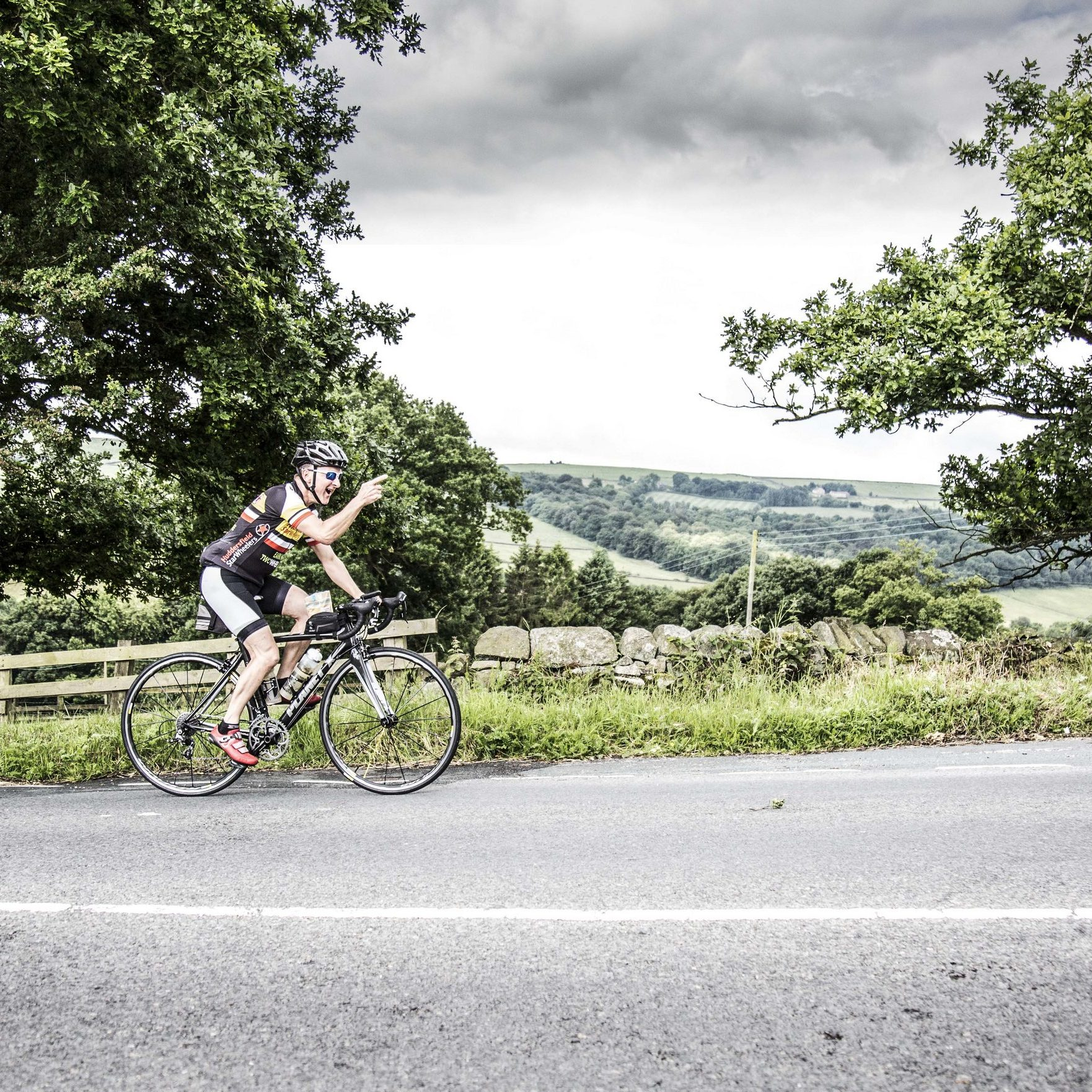 White Rose Classic rider on Norwood Edge